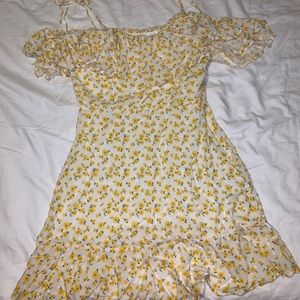 Yellow forever 21 dress :)